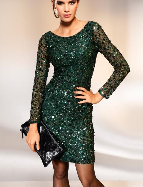 Какую прическу сделать с платьем с пайетками