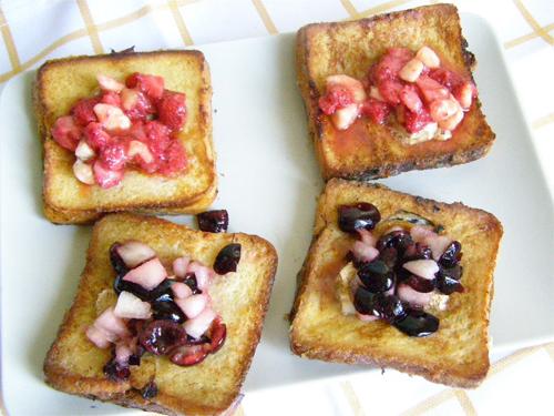 Prepara acest mic dejun si vei avea o zi excelenta: Toast frantuzesc cu fructe