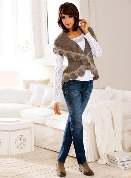 Shopping: 16 veste calduroase si moderne pentru iesirile in oras: Vesta tricotata Linea Tesini