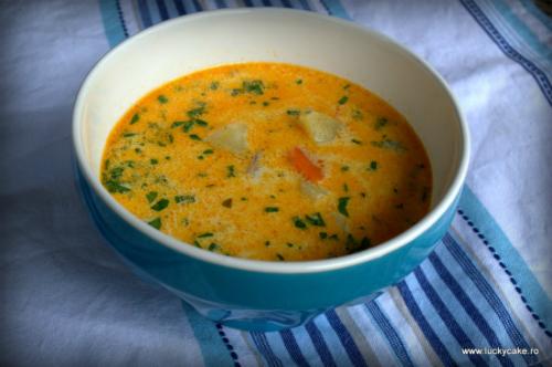 Sa ne dregem dupa sarbatori! 5 retete de ciorbe de sezon: Supa de cartofi