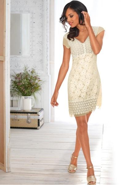 Tinuta de Pasti: 16 sugestii de rochii pentru a arata impecabil in ziua de Pasti: Rochie feminina