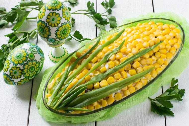 Masa de Pasti: 16 Idei Creative si Spectaculoase de decorare a farfuriilor pentru ca mancarea ta sa faca senzatie: Salata de Pasti festiva