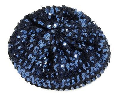 Accesoriile unei doamne: 17 palarii, berete si caciulite pentru iarna: Bereta cu paiete