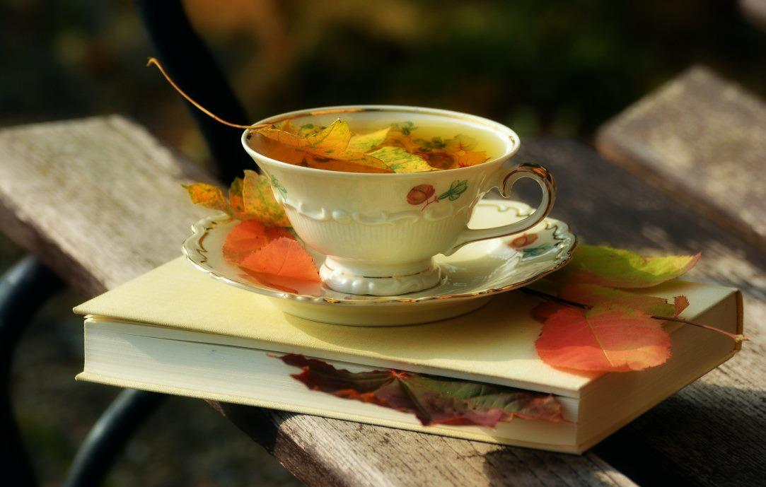 Toamna, esti minunata! 23 de imagini care ne aduc toamna in suflet ♥♥♥: Ceai cu gust de toamna