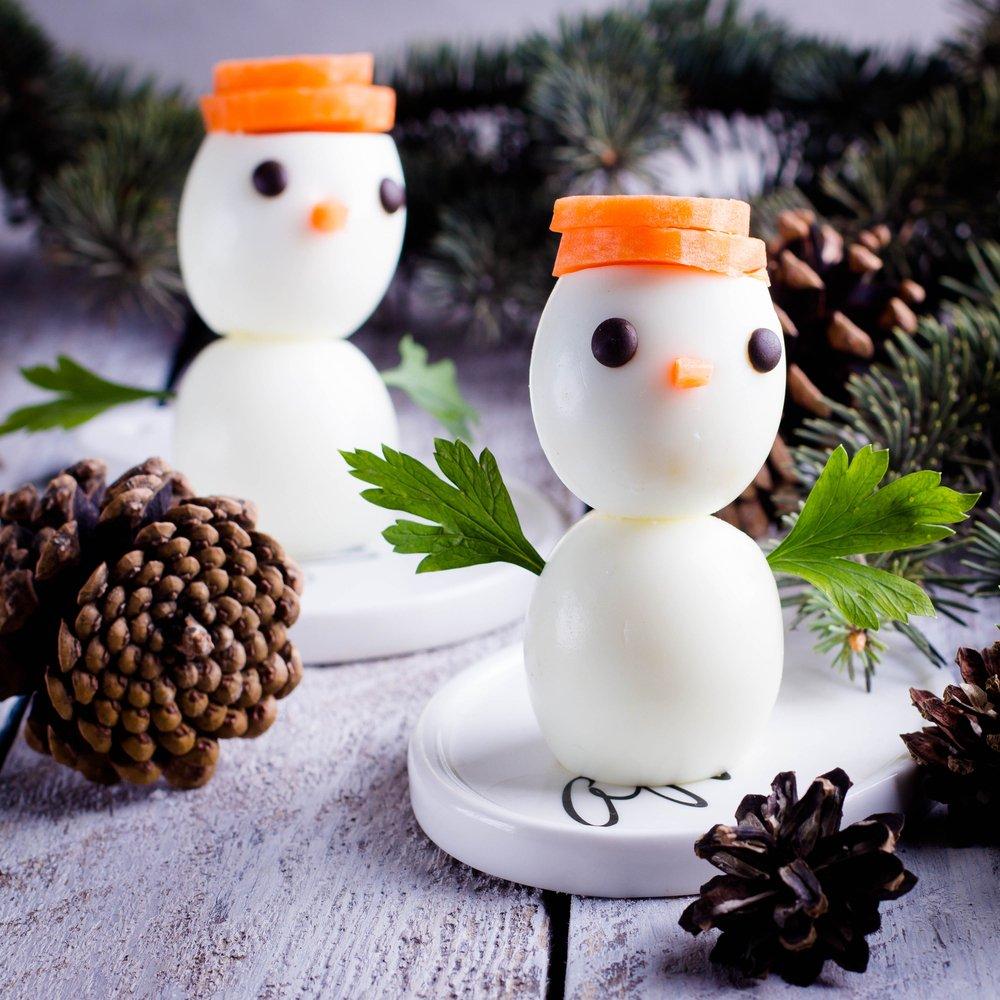 Masa de Craciun: 20 de Idei super creative pentru a decora farfuriile si mancarea celor mici: Omuleti de zapada