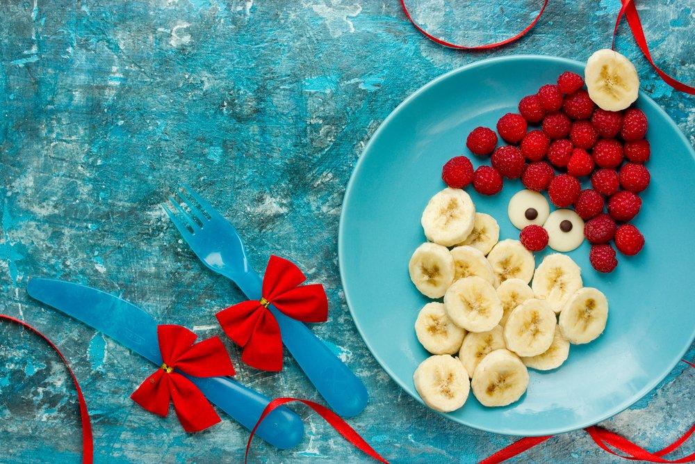 Masa de Craciun: 20 de Idei super creative pentru a decora farfuriile si mancarea celor mici: Dulce sanatos si frumos