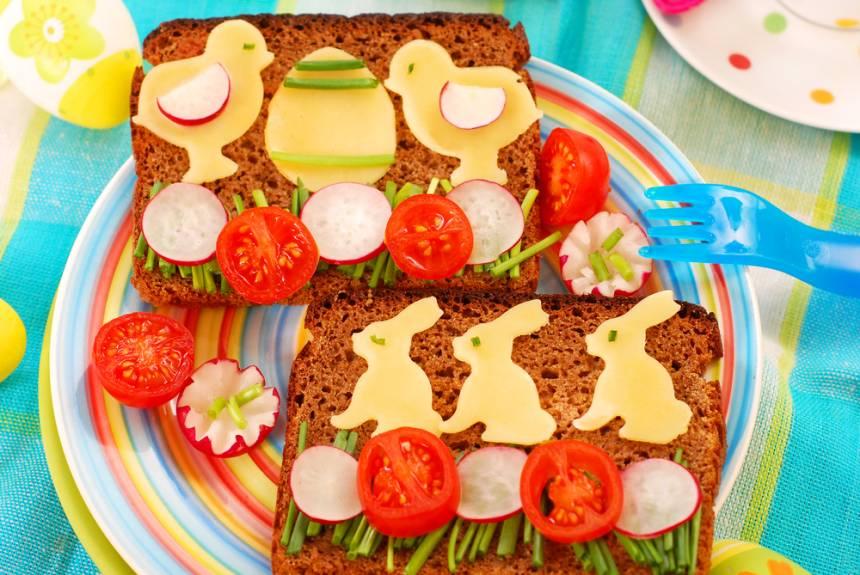 Masa de Pasti pentru copii: 21 de Idei foarte creative si simpatice de a decora mancarea din farfurii pe gustul celor mici: Sendvisuri delicioase si sanatoase de Pasti