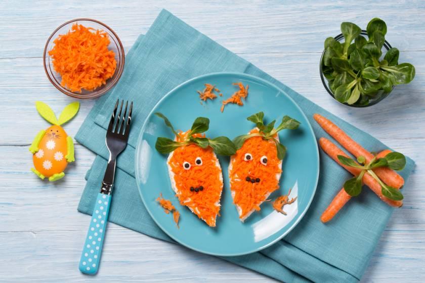 Masa de Pasti pentru copii: 21 de Idei foarte creative si simpatice de a decora mancarea din farfurii pe gustul celor mici: Domnul morcov