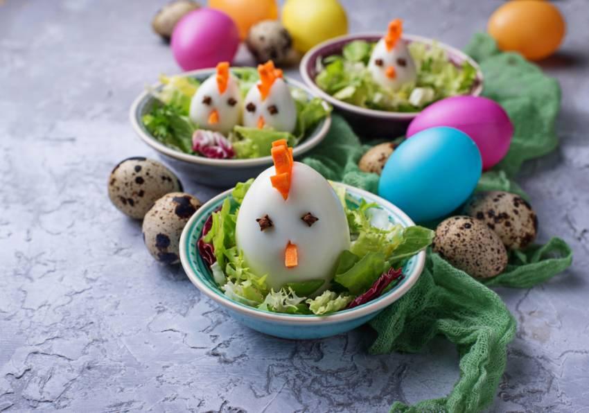 Masa de Pasti pentru copii: 21 de Idei foarte creative si simpatice de a decora mancarea din farfurii pe gustul celor mici: Gainusa pe cuib
