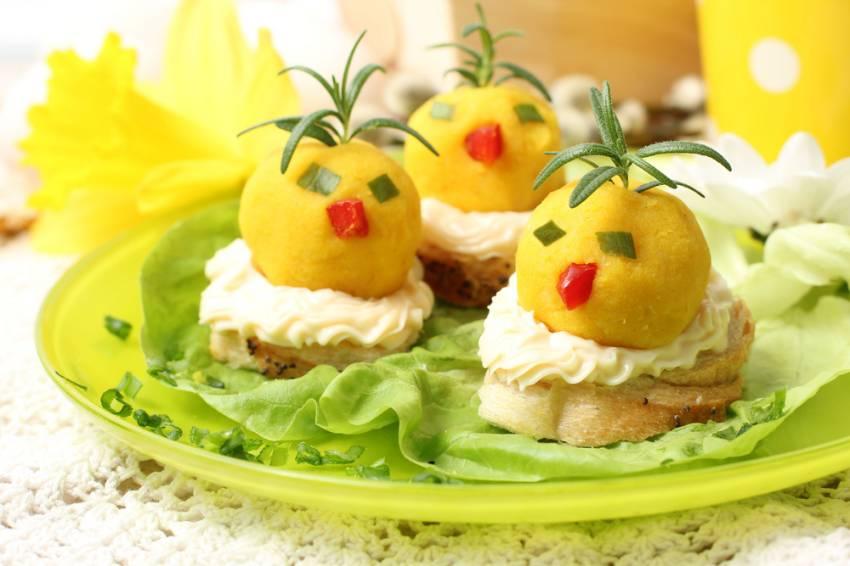 Masa de Pasti pentru copii: 21 de Idei foarte creative si simpatice de a decora mancarea din farfurii pe gustul celor mici: Puisori motati