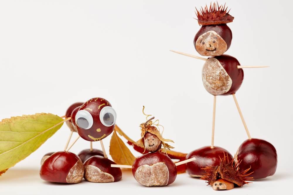 ATELIERUL DE CREATIE: 22 de idei pentru a realiza impreuna cu micutul tau adevarate Minunatii de Toamna: Figurine amuzante din castane