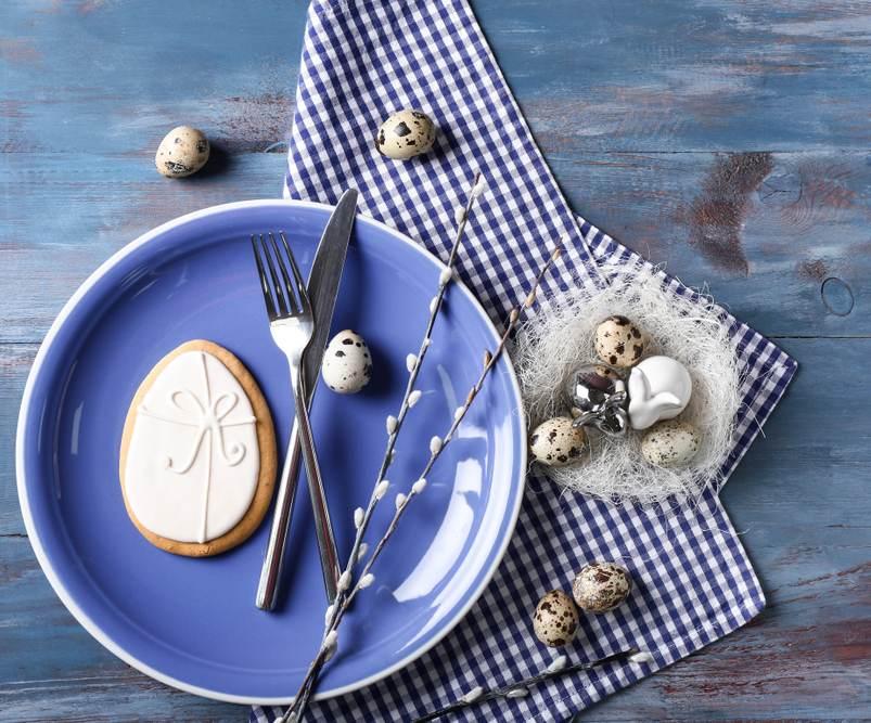 Masa de Pasti: 19 Idei super simple, dar ingenioase, de decorare a farfuriei: Farfurie si aranjament de Pasti