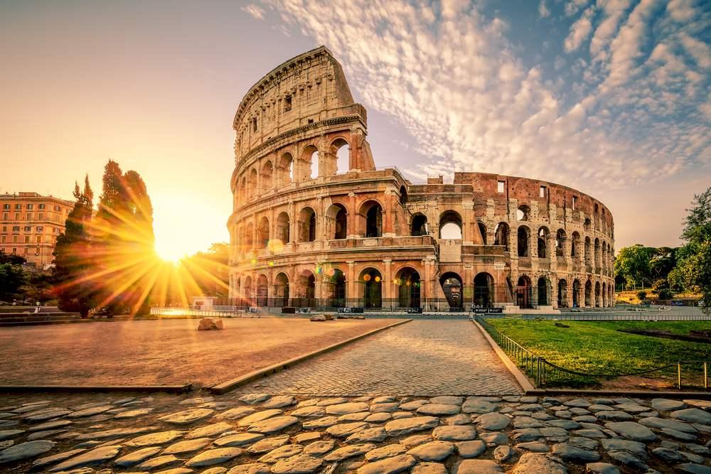 Rasarituri urbane: 14 rasarituri splendide din diverse colturi ale lumii: Rasarit in Roma