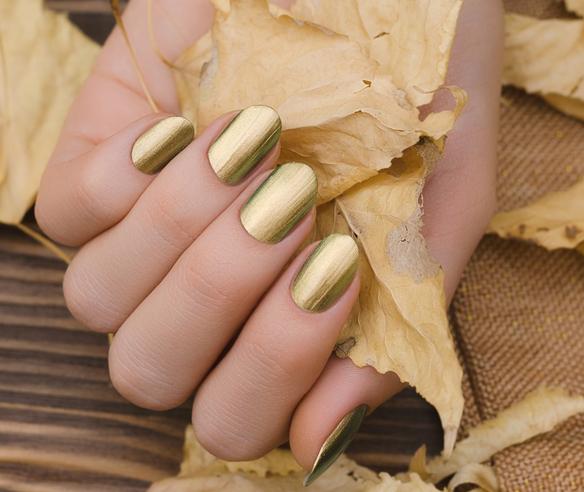 10+1 Idei de manichiură inspirate de TOAMNĂ: Chic manicure