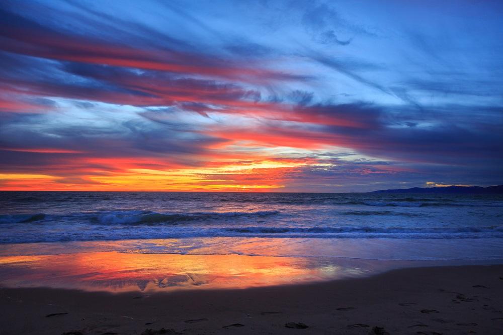 Apus de soare la mare: 19 imagini magnifice, desprinse parca din Paradisul asfintiturilor: Albastru de tablou