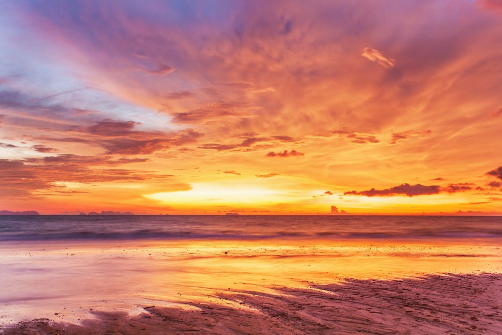 Apus de soare la mare: 19 imagini magnifice, desprinse parca din Paradisul asfintiturilor: Cerul pe pamant si pamantul in cer