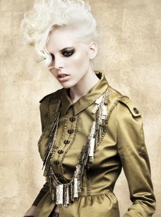 Culori de par in tendinte in primavara 2010: Blondul platinat