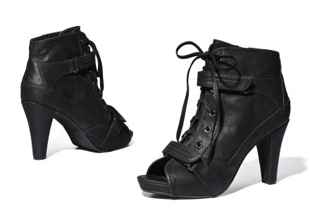 Eleganta toamnei in incaltaminte: 29 modele de pantofi si botine: Botine cu sireturi si toc gros