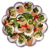 5 aperitive pentru masa de Pasti: Oua umplute cu ciuperci