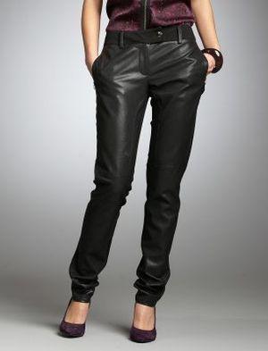 20 de modele de pantaloni: Pantaloni de piele