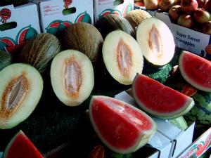 5+5 fructe si legume cu calorii negative: Pepene galben si rosu