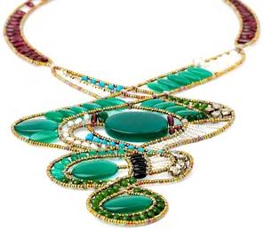 15 bijuterii absolut superbe, pentru femei romantice: Colier Jardin de Paradis