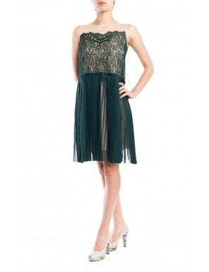 Moda accesibila: 21 de piese vestimentare si accesorii ieftine, sub 100 de RON: Rochie din dantela stil anii '20