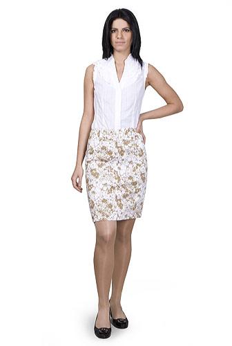 Moda accesibila: 21 de piese vestimentare si accesorii ieftine, sub 100 de RON: Fusta alba cu flori bej