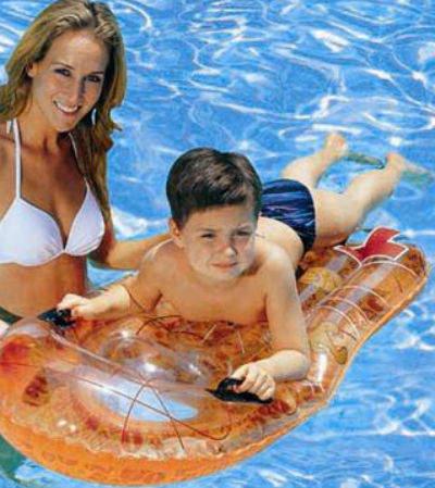 10 Accesorii de plaja ideale pentru copii: Placa de Surf Taz