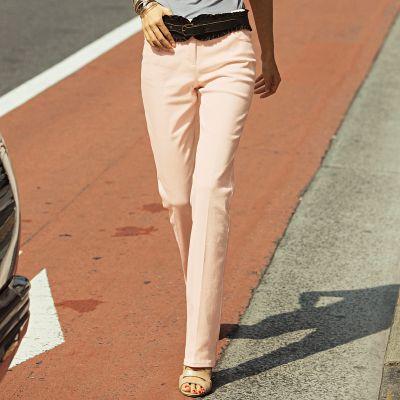 20 de modele de pantaloni eleganti: Pantaloni drepti