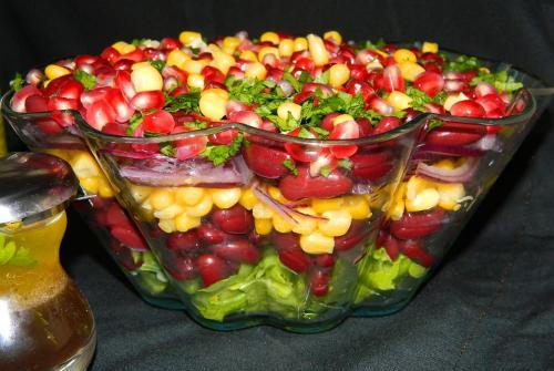 5 retete de salate de post consistente: Salata de fasole rosie