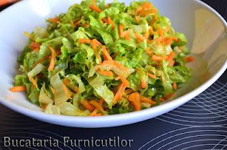 5 retete de salate de post consistente: Salata japoneza cu dressing de ghimbir: