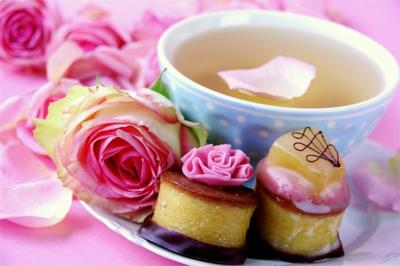 5 bauturi calde de iarna: Ceai de ghimbir, soc si lamaie