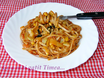10 retete cu paste si spaghete:  Paste integrale cu legume si sos mexican