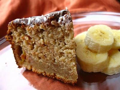 7 deserturi YUMMY cu fructe:  Prajitura cu banane